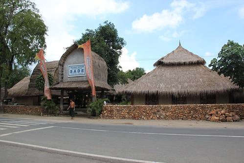 Dusun Sasak Sade di Rembitan, Lombok