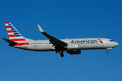 N841NN (American Airlines) (Steelhead 2010) Tags: boeing americanairlines yyz b737 b737800 nreg n841nn