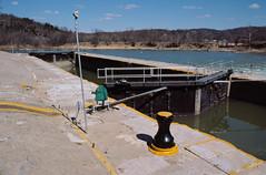 88c008: Kentucky River Lock No. 3 (looking downstream)