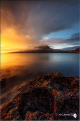 Amanecer Dorado (Caramad) Tags: longexposure light sea espaa seascape luz marina sunrise landscape mar agua rocks wave amanecer monte olas rocas cantabria wate marcantbrico cerredo