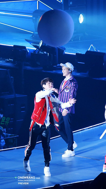 160410 Onew @ 'SHINee WORLD 2016 DxDxD in Hiroshima' 26449314351_02a1778405_z