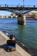 Taking in the spring sun along the Seine (Pale_Cow) Tags: paris france seine canon pontdesarts 24105mm 5dmarkiii