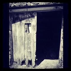 #door#barn#sheep#oldwood#oldbuilding#old#french#france#ardeche#ardche#07 (danielrieu) Tags: door old france barn french sheep oldbuilding oldwood 07 ardeche ard uploaded:by=flickstagram instagram:photo=230040946787657413186911192