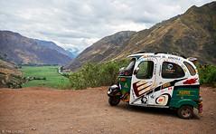 Mototaxi (oeyvind) Tags: peru cuzco per per sacredvalley mototaxi taxicholo taray vallesagradodelosincas urubambavalley cholotaxi xf1855mm