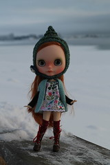 More of Sofie ^^ (Buzzingbumblebee) Tags: cute hat gnome little n strawberries blythe custom creamy ditzies