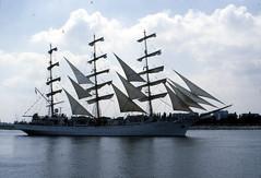 Dar Modziey (larry_antwerp) Tags: port sailing ship belgium belgi vessel 1993 antwerp schelde darmodziey  antwerpen  schip                                   eurosail93 thecuttysarktallshipsrace