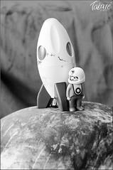 Vida inteligente (Tabar Neira) Tags: astronaut pregnant belly planet rocket playmobil astronauta tabare cohete embarazada planeta tripa valaingaur