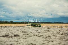 NO_Amazonas0711 (Visit Brasil) Tags: horizontal brasil natureza turismo manaus norte amazonas ecoturismo externa rionegro nutico comgente diurna encontrodasguas riosolimes