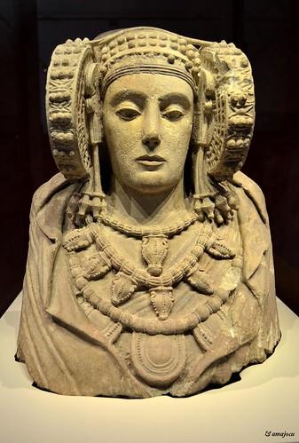 Dama de Elche (Museo Arqueológico Nacional - Madrid) Spain