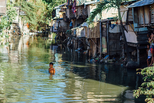 Swimming In Stinky Slum Water, Cebu City
