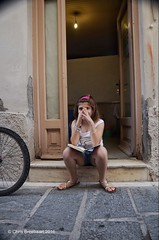 Book Reader (Chris Breebaart) Tags: greece rethimnon nikond7000