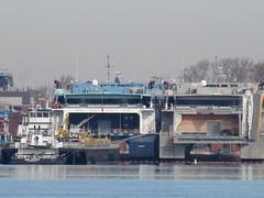 IMG_8770 (jacorbett70) Tags: philadelphia skyline river newjersey nj delawareriver navyyard
