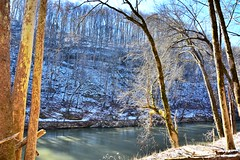Green River Bluffs dusted in snow, Mammoth Cave National Park (sniggie) Tags: winter snow kentucky greenriver mammothcavenationalpark
