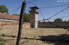 TORRE DE CONTROL (Srbia, agost de 2013) (perfectdayjosep) Tags: nazi balkans lager nis balcanes balcans perfectdayjosep alemanyanazi