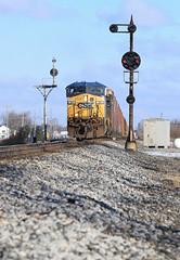 Splitting South Ottawa (GLC 392) Tags: auto railroad ohio color train lights south ottawa oh ge 53 position racks cpl csx gevo cpls ac44cw 5241 cw44ac ac4400cw es40dc q241