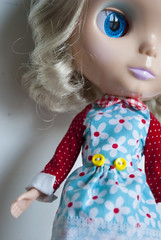 Daisy (LAT_te) Tags: wood blue red italy white love yellow socks vintage doll hand dress sale handmade sewing skipper retro made cotton american hollywood micro chan daisy blythe 16 etsy sell licca pois adoption apparel puppe bambola sewed poupee muneca