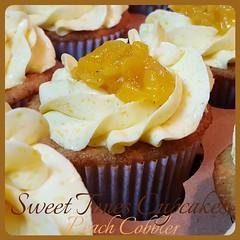 Peach Cobbler Cupcakes-Sweettonescupcakes (Sweet Tones Cupcakes) Tags: cupcakes losangeles peach southern cupcake stc cobbler gourmetcupcakes peachcobblercupcakes sweettonescupcakes sweettonescc cupcakology