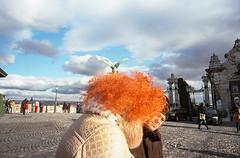 (Norbert Farkas (francisgod)) Tags: leica color bird face hair kodak voigtlander budapest streetphotography curly f4 cl hidding skopar 21mm ultramax budapestreet