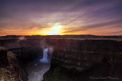 Palouse Falls (Stephanie Sinclair) Tags: statepark sunrise waterfalls washingtonstate palouse easternwashington palousefalls missoulafloods washingtonstateofficialwaterfall canon80d
