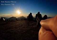 Pico Paran (Rosane Pikussa) Tags: sol paran brasil do natureza estrelas paisagem acampamento prdosol mais pico viagem lua alta fotografia montanha sul escalada aventura trilha fotonoturna antonina nascerdosol meioambiente campinagrandedosul