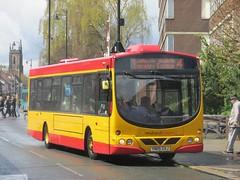 Midland Classic 79 YN05GXJ New St, Burton-upon-Trent on 4 (1280x960) (dearingbuspix) Tags: 79 readingbuses midlandclassic yn05gxj