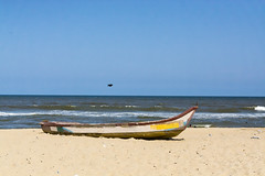 _DSC4233 (Edward Bentley) Tags: sea india beach boats sand nikon asia waves sigma april blueskies chennai