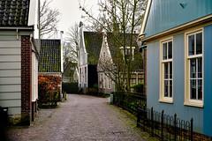 Broek in Waterland, Village street (Boudewijn Vermeulen) Tags: houses house village huis dorp huizen broekinwaterland dorpsgezicht broek