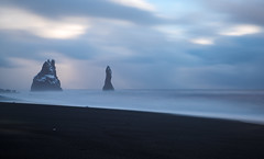 Vk-ing Shores ([ Jaso ]) Tags: ocean beach clouds blacksand iceland nikon long exposure blurred atlantic vik filter d750 tamron vk 2470 10stop