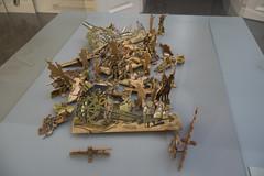 Wooden war toys (quinet) Tags: alps salzburg toys austria tirol sterreich soldiers spielzeug tyrol autriche soldaten jouets 2014 soldats tyrolia