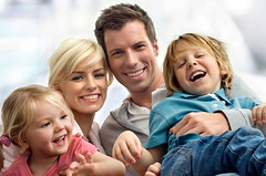 familia-feliz (byzzarro) Tags: familia mama papa compaia hijos
