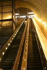 Steep (Read2me) Tags: she washington interior escalator frombelow lookingup ge dctrip pree cye thechallengefactory
