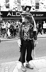 Camden Town, London, England کمدن تاون، لندن، انگلستان (Parisa Yazdanjoo) Tags: england london camdentown انگلستان لندن کمدنتاون