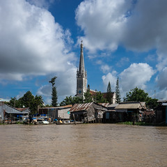 church, cai be (LWLD) Tags: city travel church water river asia sony vietnam mekongdelta mekong travelphotography caibe sonyalpha sonya7