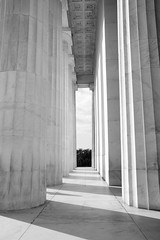 Columns of light (sarah_presh) Tags: blackandwhite usa holiday monochrome sunshine mono washingtondc washington october shadows columns lincolnmemorial nikond7100