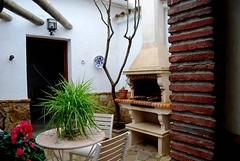 Patio Interior, Mostrando Barbacoa y Leñera (brujulea) Tags: rural casa interior patio cordoba casas barbacoa rurales mostrando carcabuey membrillo brujulea lenera