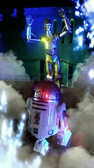 R2-D2, you come back here! (custombase) Tags: starwars r2d2 c3po 6inch blackseries revoltech