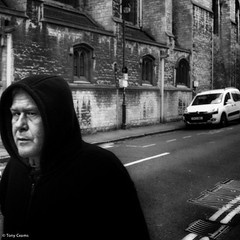 Oxford man (TonyCearns) Tags: street leica bw tension m9 darkstreet