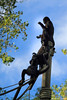 Singe qui prie (lymackos) Tags: zoo poteau singe corde loiretcher priere beauval saintaignan