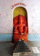 r Gajnana Prasanna (Shrimaitreya) Tags: india ganesha god ganesh maharashtra hindu hinduism pune ganapati waysideshrine streetshrine
