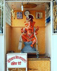 r Vinyak (Shrimaitreya) Tags: india ganesha shrine god indian ganesh maharashtra hindu hinduism pune ganapati waysideshrine streetshrine