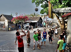 playing flipflop basketball (Rex Montalban Photography) Tags: basketball play philippines flipflops bicol hdr legazpicity