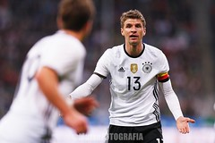 Germany vs Italy (Kwmrm93) Tags: sports sport canon germany munich football fussball soccer friendly munchen futbol futebol fotball voetbal fodbold calcio allianzarena deportivo fotboll  deportiva esport fusball  fotbal jalkapallo  nogomet fudbal  thomasmuller votebol fodbal