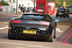 Lamborghini Gallardo LP560-4 (D's Carspotting) Tags: black london united kingdom lamborghini gallardo lp5604 20100626 lj58cwa