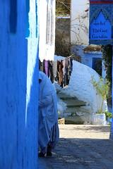 IMG_9472 (yanguas_juan) Tags: blue people azul colorful paint chaouen