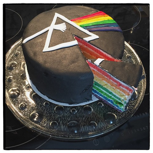 "Dark Side of the Moon Cake • <a style=""font-size:0.8em;"" href=""http://www.flickr.com/photos/92578240@N08/25933224776/"" target=""_blank"">View on Flickr</a>"
