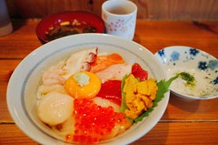 Seafood With Rice (Gai) Tags: summer food japan japanese rice aomori hachinohe seafood       kaisendon