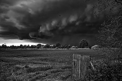 Aprilwetter (Mike.Mayer) Tags: landscape blackwhite wolken april wetter sturm unwetter