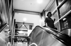 468-S76/012 (Jock?) Tags: street film station night train nikon metro kodak candid surveillance escalator rail australia melbourne victoria 1600 push hawkeye nikkor rodinal f4 ei flindersstreet reportage 2485 35mmf2ai