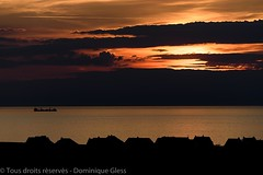 Sunset (dom67150) Tags: sunset sea mer france ship silhouettes roofs coucherdesoleil toits lamanche thechannel navire audinghen nordpasdecalaispicardie