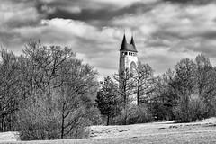 One or two Towers... (Ody on the mount) Tags: bw monochrome de deutschland pflanzen wolken architektur sw landschaft bume schnberg trme wanderung badenwrttemberg schwbischealb pfullingen anlsse schnbergturm